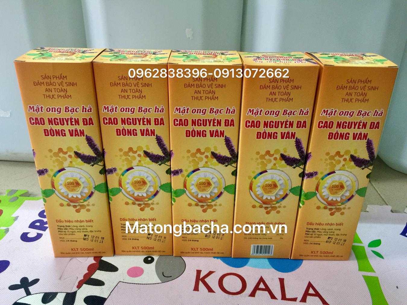 Mật ong bạc hà đặc biệt xuất khẩu chai nhựa.