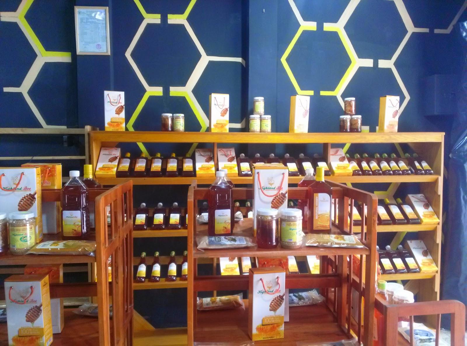 Cửa hàng bán mật ong bạc hà ở Bình Dương