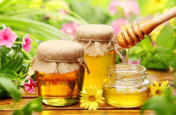 Mật ong nguyên chất được sử dụng nhằm nâng cao sức khỏe