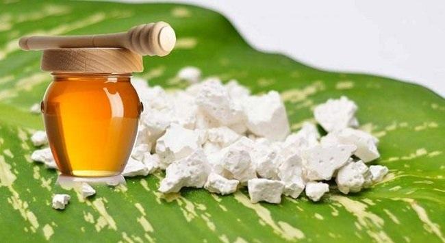 Mật ong có uống được với bột sắn dây không